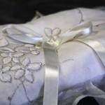 Bridal ring cushion